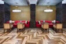 Doubletree-orlando-lounge1