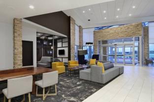 hyattplace-westgreen-lobby
